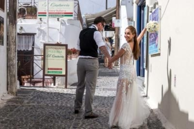 weddings in Firostefani Santorini